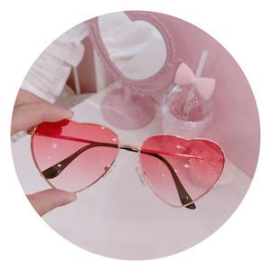 日系软妹可爱桃心少女爱心<span class=H>墨镜</span>圆脸炫酷粉色学生金属太阳镜眼镜