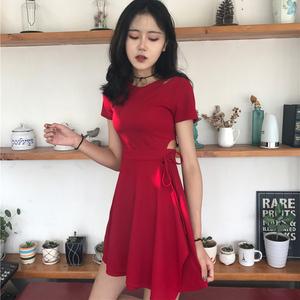 韩版chic风复古小心机性感镂空显瘦系带小黑裙夏季修身短袖连衣裙