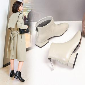 <span class=H>短靴</span>女2018新款秋冬圆头后拉链真皮及踝靴低跟�靴米白色平底靴子