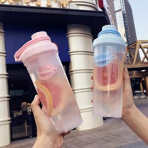 韩版时尚运动摇摇杯塑料便携健身水杯户外男女创意带刻度随手杯子